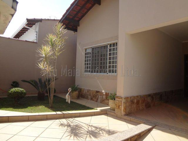 Linda Casa Bairro Jardim Frederico - Pouso Alegre - MG - Cód. 2726