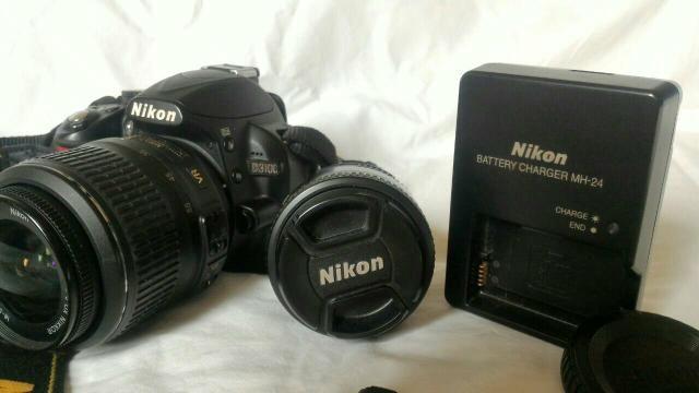 Nikon d3100+18-55mm+50mm 1.8+Bag