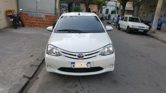 Toyota Etios X 1.3 2017 - Foto 5