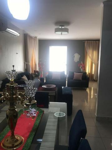 100% Mobiliado Cond. Dalva Toledo Casa Duplex 230m² c/ 04suítes no PQ das Laranjeiras - Foto 12