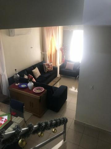 100% Mobiliado Cond. Dalva Toledo Casa Duplex 230m² c/ 04suítes no PQ das Laranjeiras - Foto 3