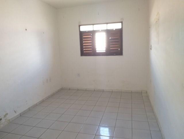 Vende-se uma excelente casa no bairro Nova Betania - Foto 9