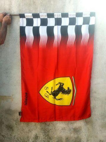 Ferrari (Livro 1998) + bandeiras - para colecionador e amante da marca - Foto 4