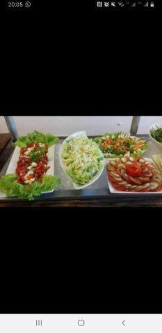 Cozinheira / saladeira