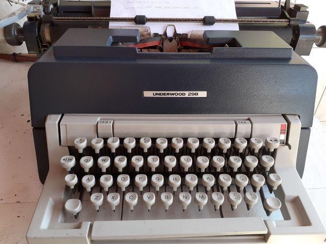 Maquina de escrever underwood 298 - Foto 2