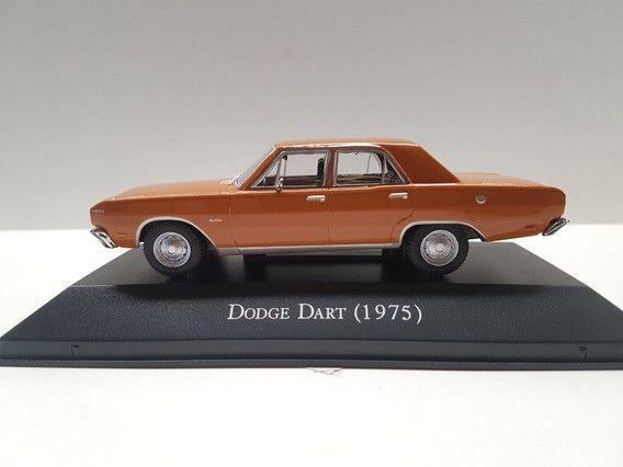 Miniatura Dodge Dart 1975 - Escala 1 /43 com fascículo (lacrada) - Foto 2