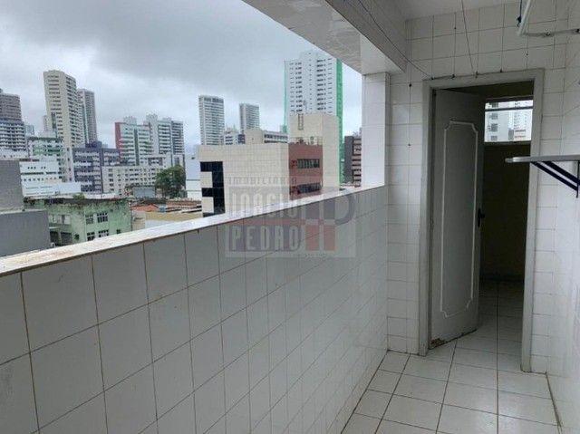 [A31423] Apartamento com Sala Ampla, 3 Quartos sendo 1 Suíte. Em Boa Viagem !! - Foto 14