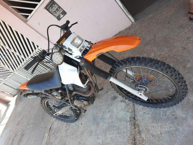Moto Xr 200  pra interior(Só tem nada conta)