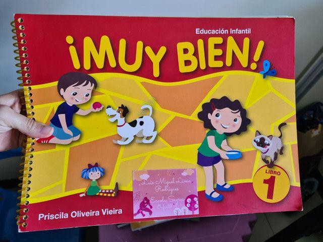Livro 1 de espanhol Muy Bien