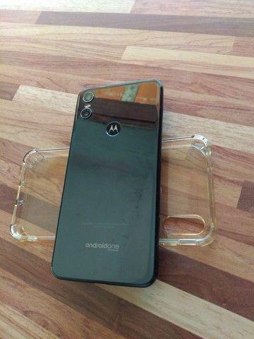 Motorola One 4G ram / 64 de armazenamento!!! - Foto 2