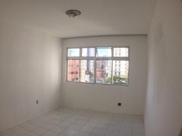 [A31423] Apartamento com Sala Ampla, 3 Quartos sendo 1 Suíte. Em Boa Viagem !! - Foto 9