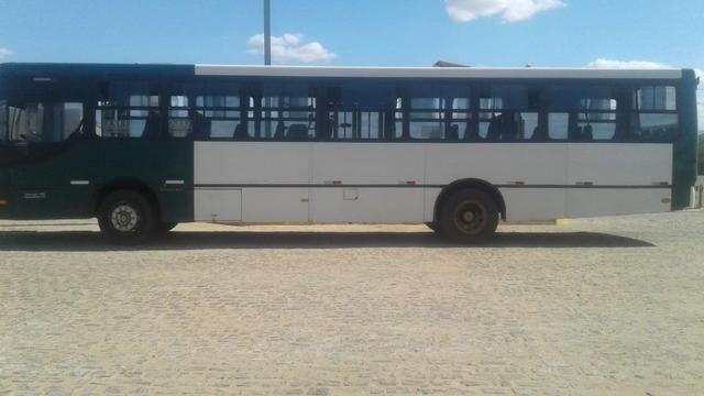 Ônibus 2006 - Foto 3