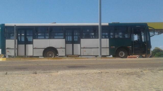 Ônibus 2006 - Foto 5