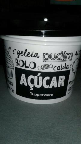 Potes Tupperware.