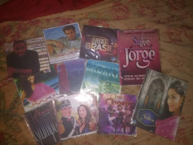 9 DVDs e 2 CDs novelas