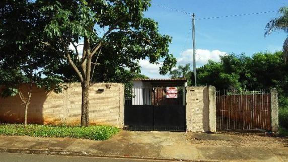 Com duas casas - terreno 450,00 m²