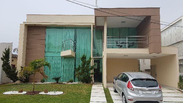 Excelente casa, acabamento refinado, ventilada, extremamente aprazível