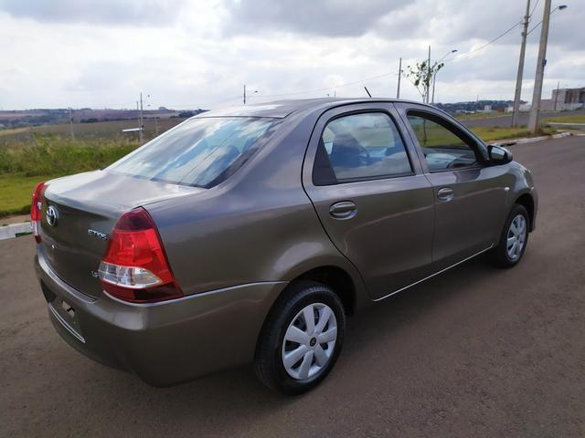 Etios Sedan X 2019 automático - Foto 4
