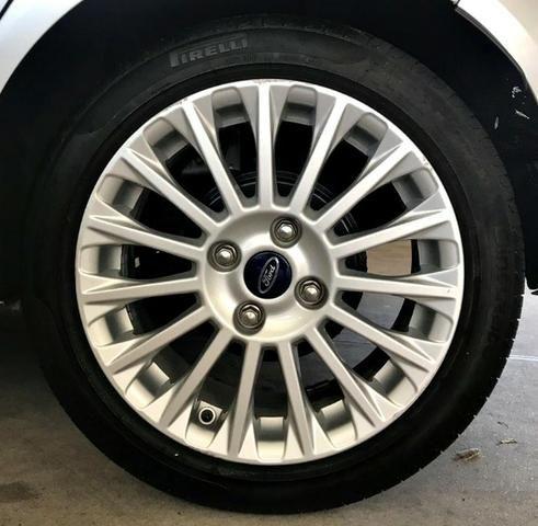 Ford Fiesta Titanium 1.6 . Prata. 2013/2014 - Foto 5