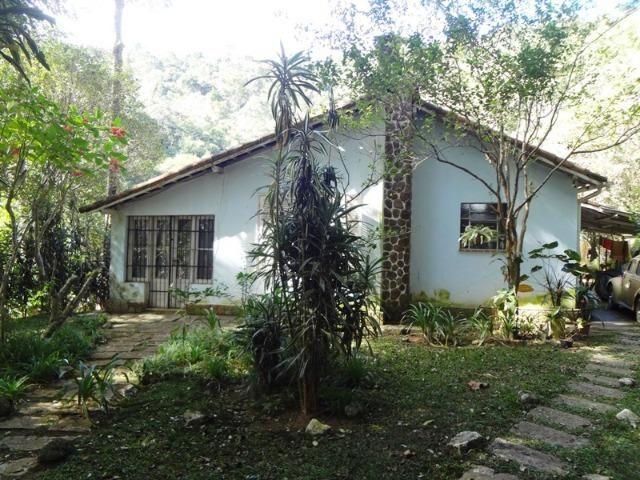 Casa 02 quartos em Araras Petrópolis RJ