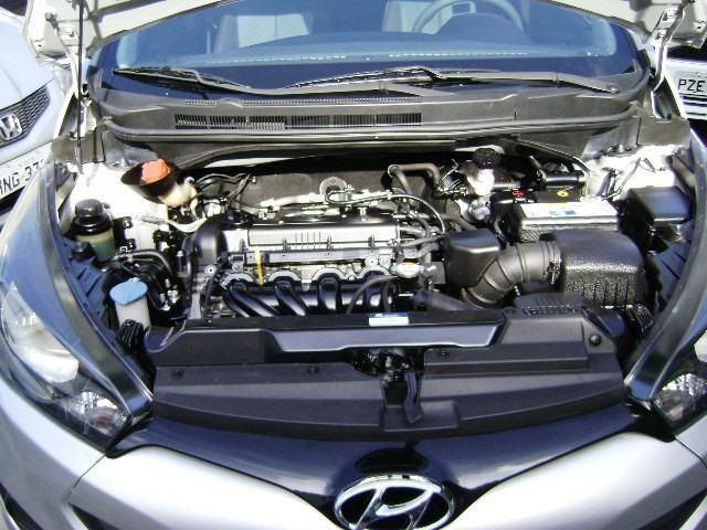 Hyundai HB20 1.6 Comfort Plus 2013 - Foto 10