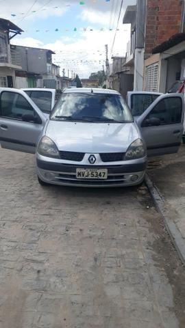 Clio sedan 2005/2006 1.6 16v - Foto 3