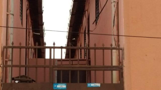 Predio ceilandia barato com 10 apartamento de 2 quartos - Foto 2