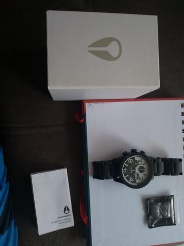 2d98393ee9c Relógio Nixon japonês original!! - Bijouterias