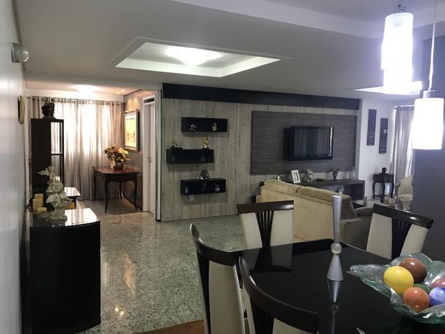 Apartamento 211,5 m2 um por andar projetado - Permuto