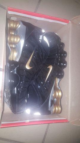 Nike 12 molas Gold