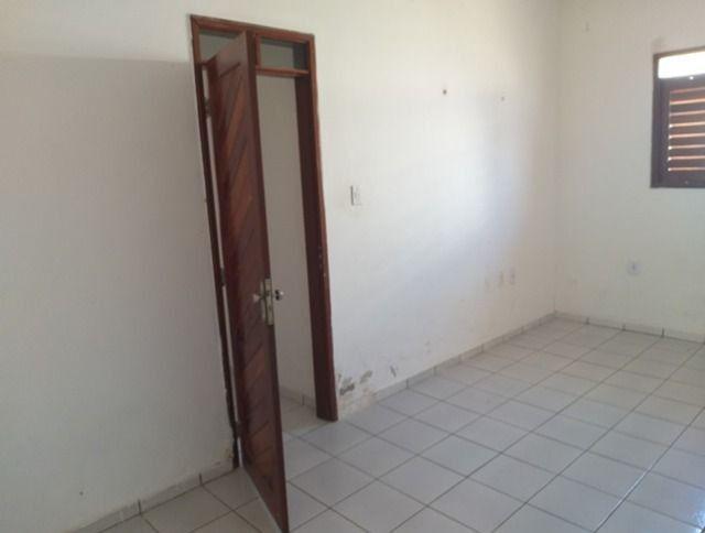 Vende-se uma excelente casa no bairro Nova Betania - Foto 10