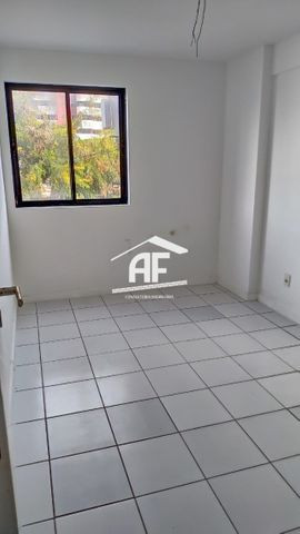 Apartamento na Jatiúca - Edifício Villa do Conde - ligue e confira - Foto 9