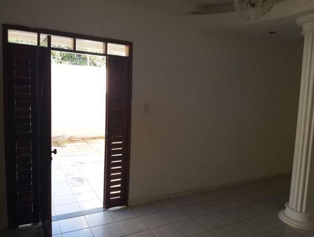 Vende-se uma excelente casa no bairro Nova Betania - Foto 4