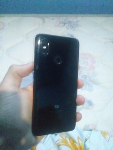 Xiaomi mi 8.           *LEIA O ANUNCIO* - Foto 2