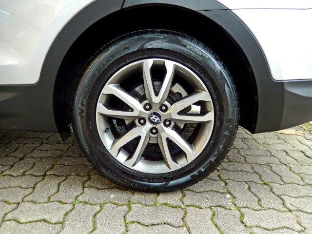 Hyundai Santa Fe 3.3 V6 2014 Excelente Estado - Foto 10