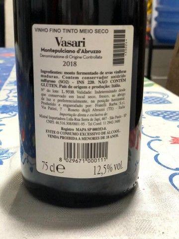 Vinho Montepulciano D abruzzo Vasari 2018  - Foto 3