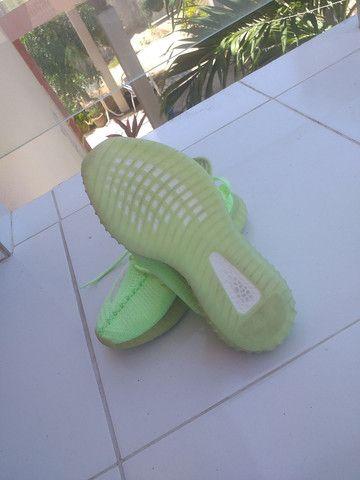 Adidas YEEZY BOOST, usado uma vez só. - Foto 3