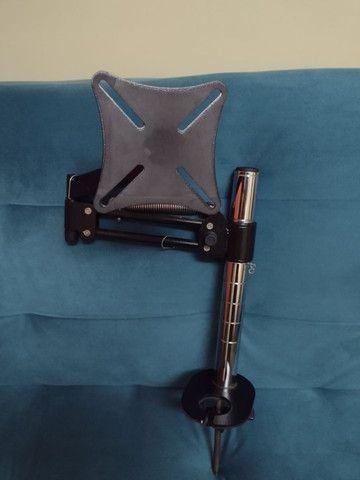 Suporte Para Monitor Articulado de mesa - suporta até monitores de 29 polegadas - Foto 3