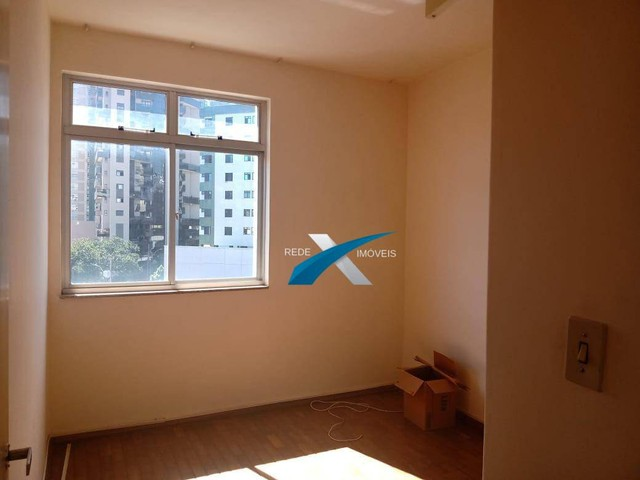 Excelente 3 quartos, transformado em 2 quartos com aproximadamente 90m2, Bairro Santa Efig - Foto 4