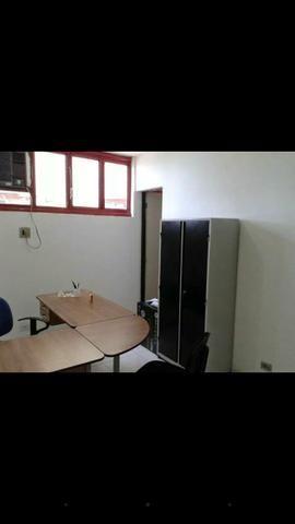 Sala comercial mobiliada e com ar condicionado