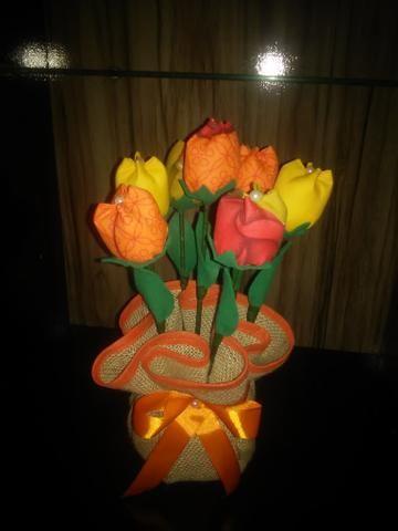 Peso de porta jarro de flores