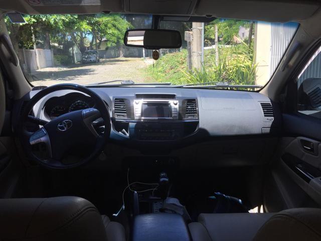 Toyota sw4 14/14 diesel 7 lugares prata