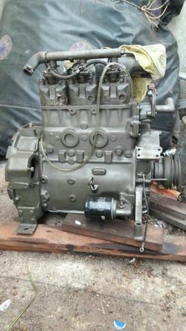 Vede-se ou trocar motor de barco