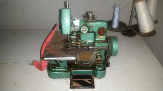 Máquina overlok original sem defeito.