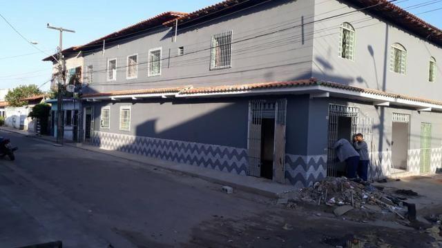 Vendo Prédio na Av. Sol Nascente com 3 pontos comerciais mais apartamentos (Sol e Mar)