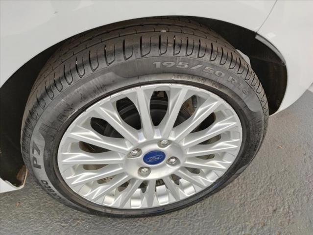 Ford Fiesta 1.6 Titanium Hatch 16v - Foto 8
