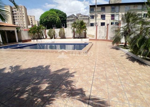 Casa com 4 Suites / Condominio Fechado / Rua do Bambuzal