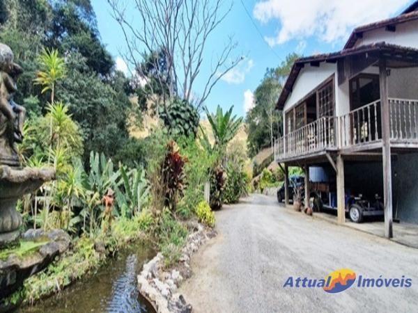 Excelente propriedade ! Sítio rico em água, 12,00 alqueires mineiros à venda em Ponte Nova