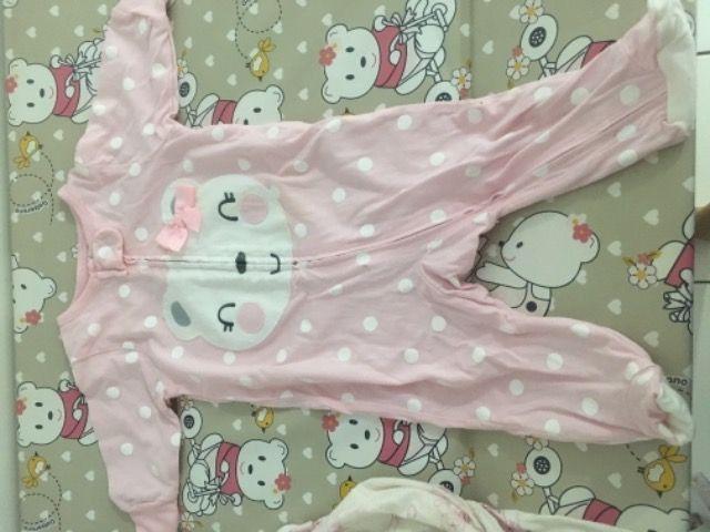 Roupa e Calçados de bebê