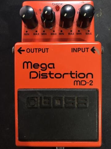 Pedal Boss Mega Distorcion MD-2